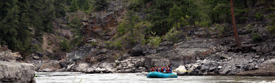 1000-waves-montana-rafting-scenic